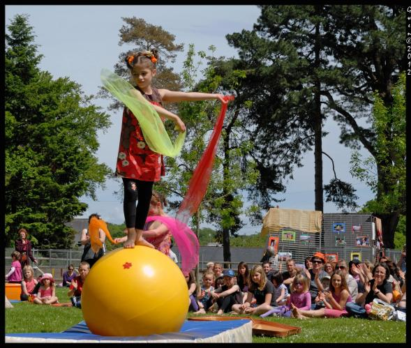 1_Arts du cirque au jardin Lesage