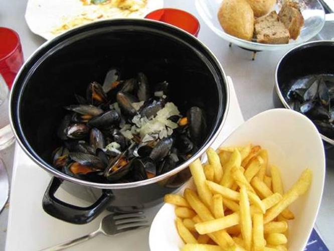 Moules-Frites-Brillac-Sarzeau-Morbihan-Bretagne-Sud0fr
