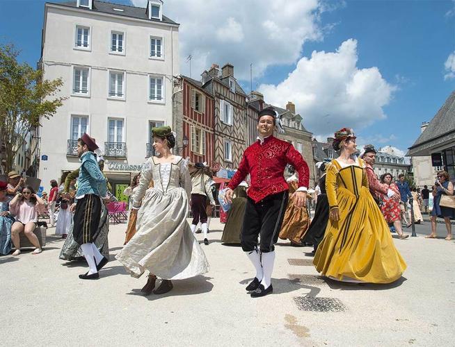 Ftes-historiques-de-Vannes-Morbihan-Bretagne-Sud2fr