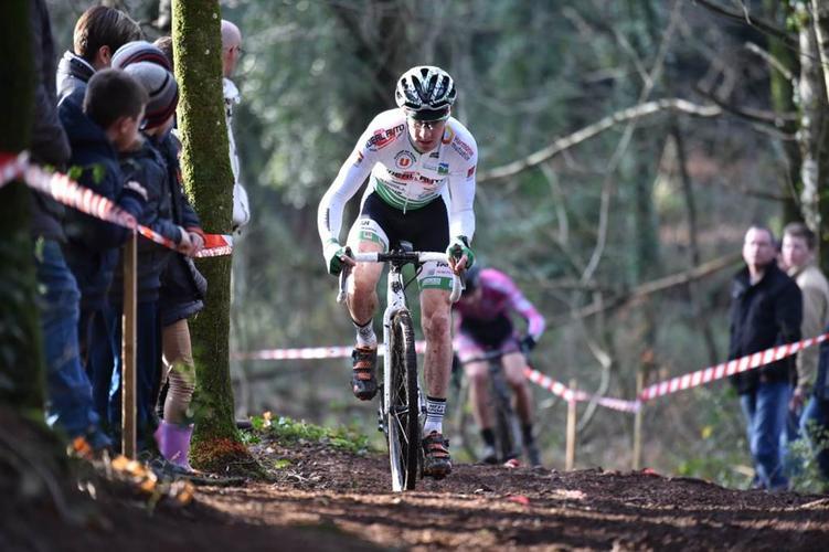 1_cyclo cross grand-champ