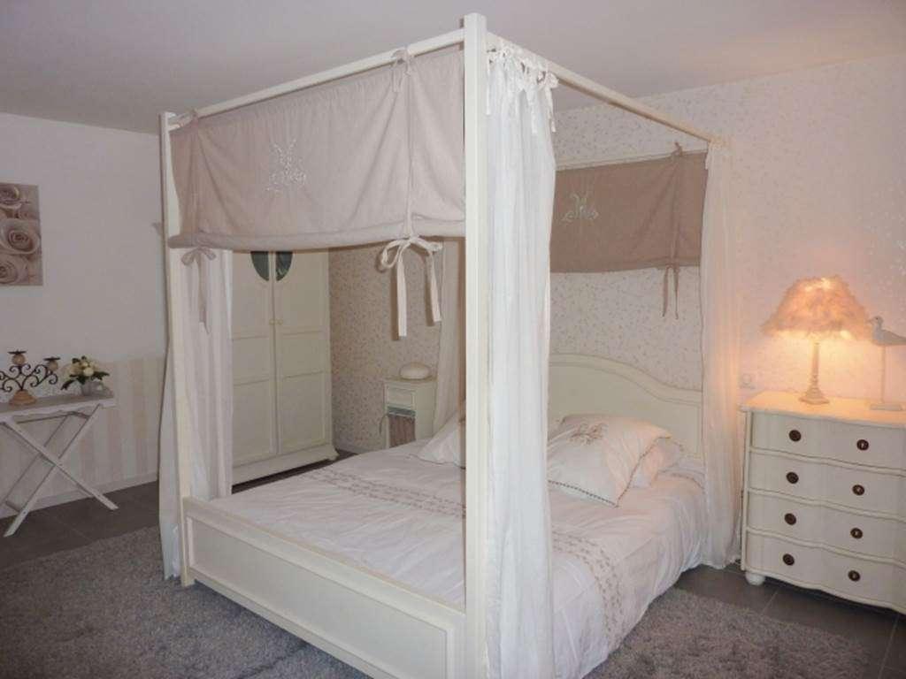 RIO-Nathalie---Maison-Saint-Gildas-de-Rhuys-chambre---Morbihan-Bretagne-Sud5fr