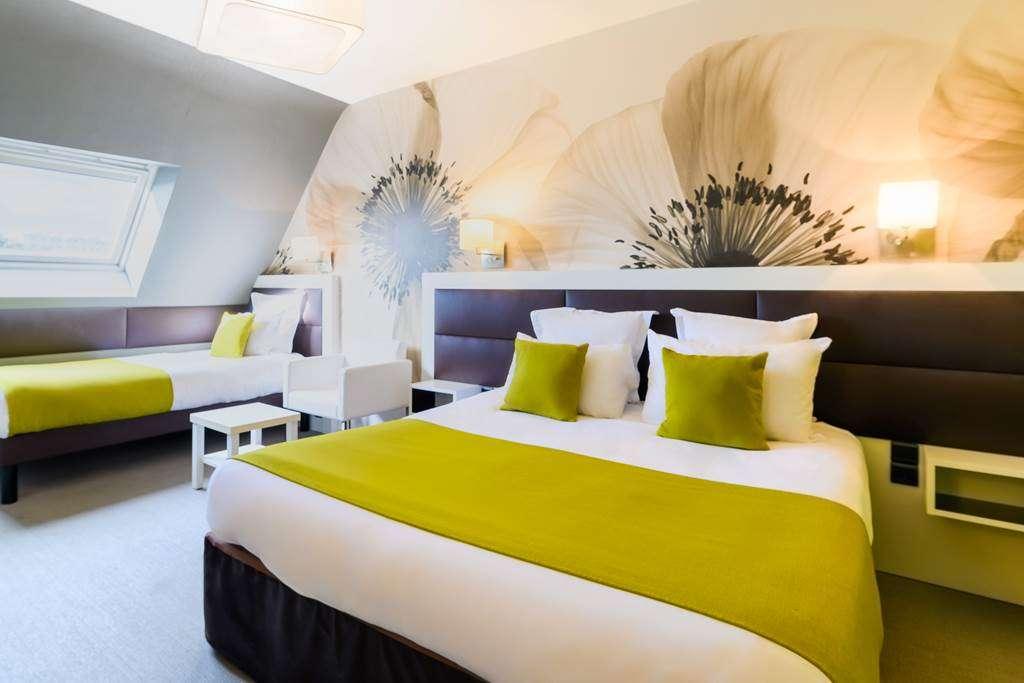 chambre-familiale-triple-htel-la-Marbaudire-Vannes-centre18fr