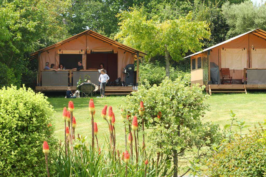 Tente-Lodge2fr