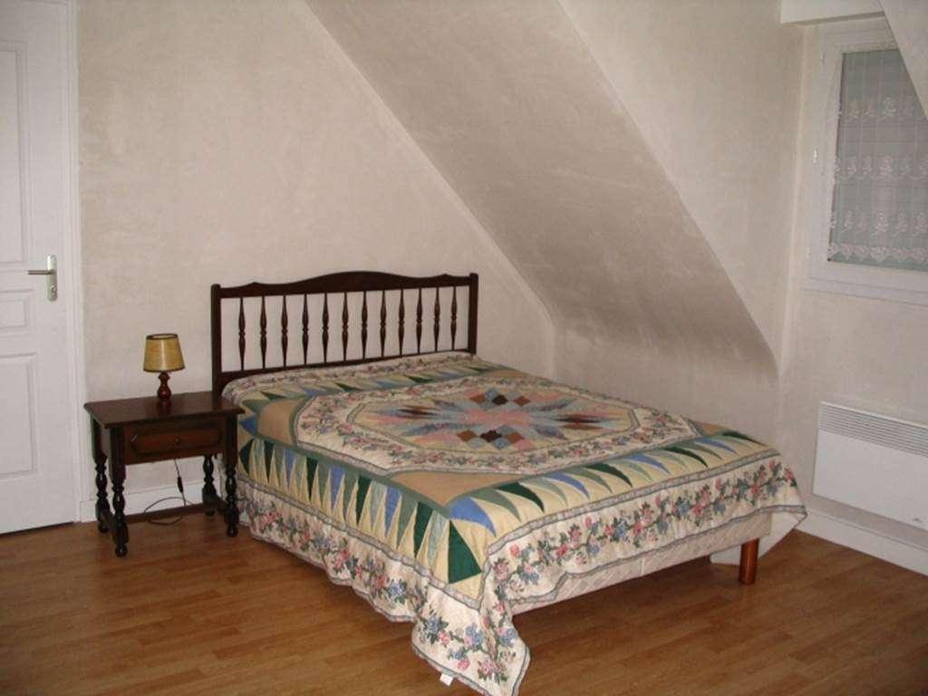 BEVEN-Jocelyne-chambre-deux---Maison-Saint-Gildas-de-Rhuys---Morbihan-Bretagne-Sud5fr