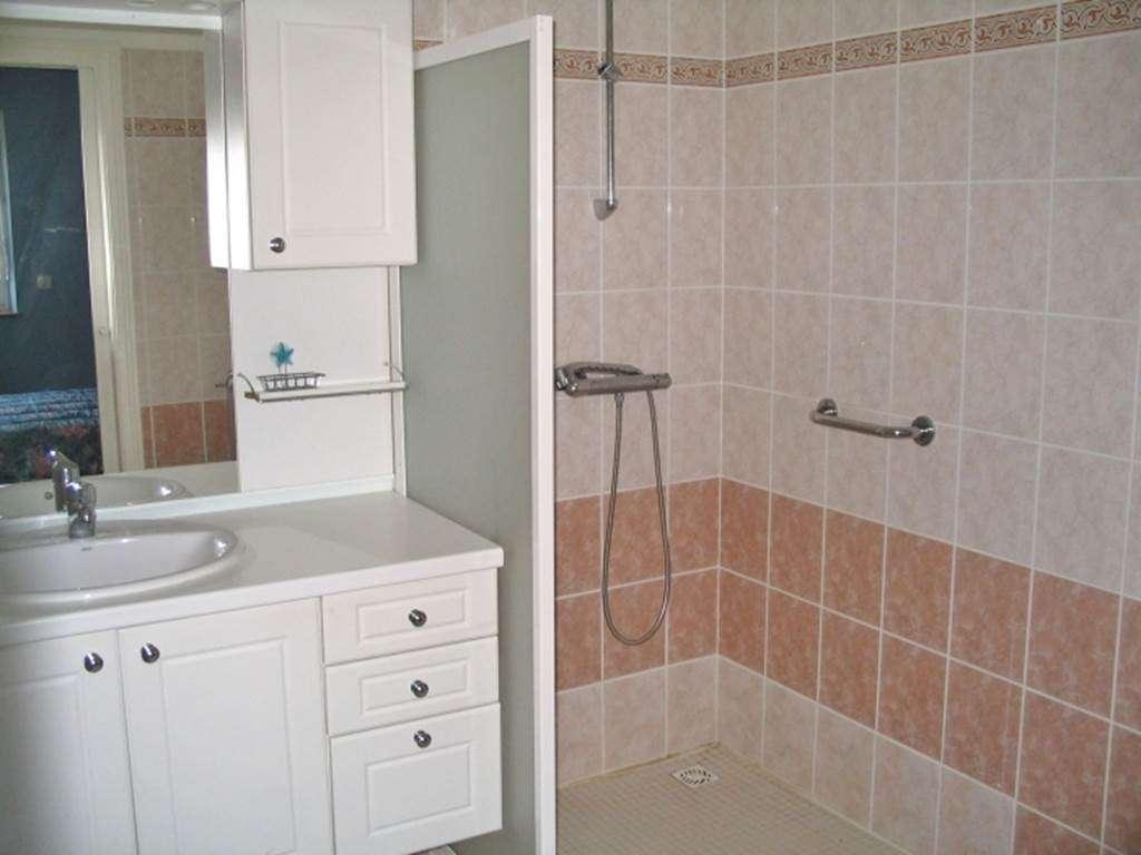 BEVEN-Jocelyne-salle-de-bains---Maison-Saint-Gildas-de-Rhuys---Morbihan-Bretagne-Sud4fr