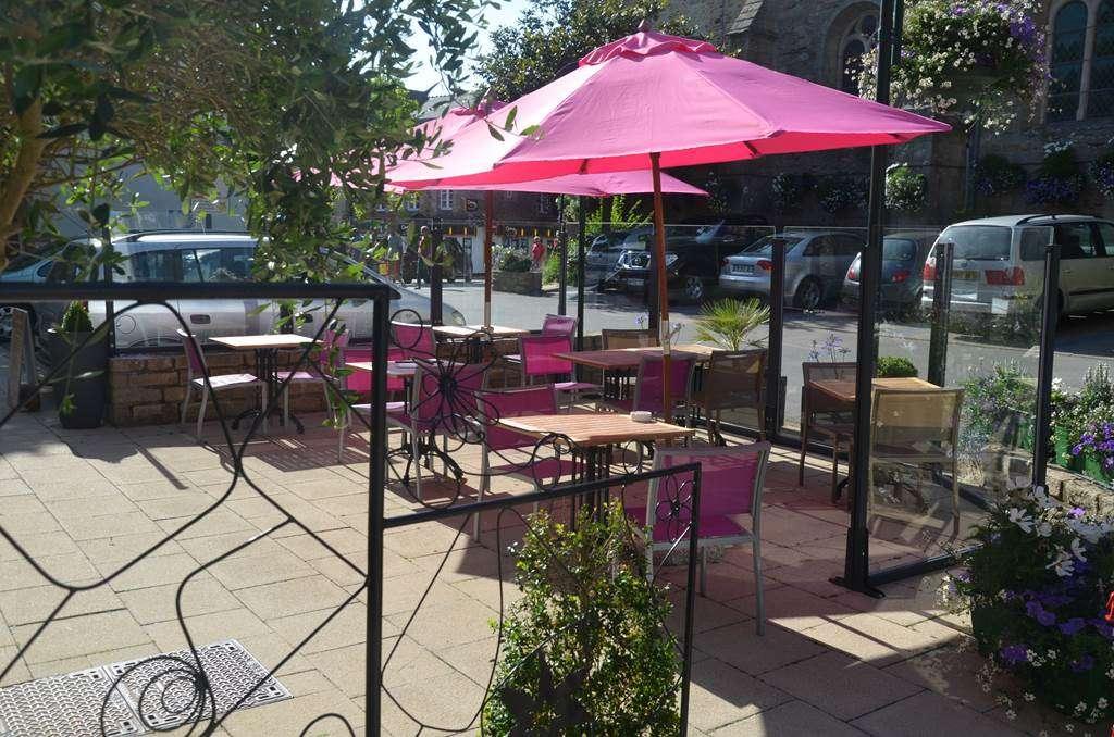 Terrasse-Restaurant-Lesage-Sarzeau-Presqule-de-Rhuys-Golfe-du-Morbihan-Bretagne-sud2fr
