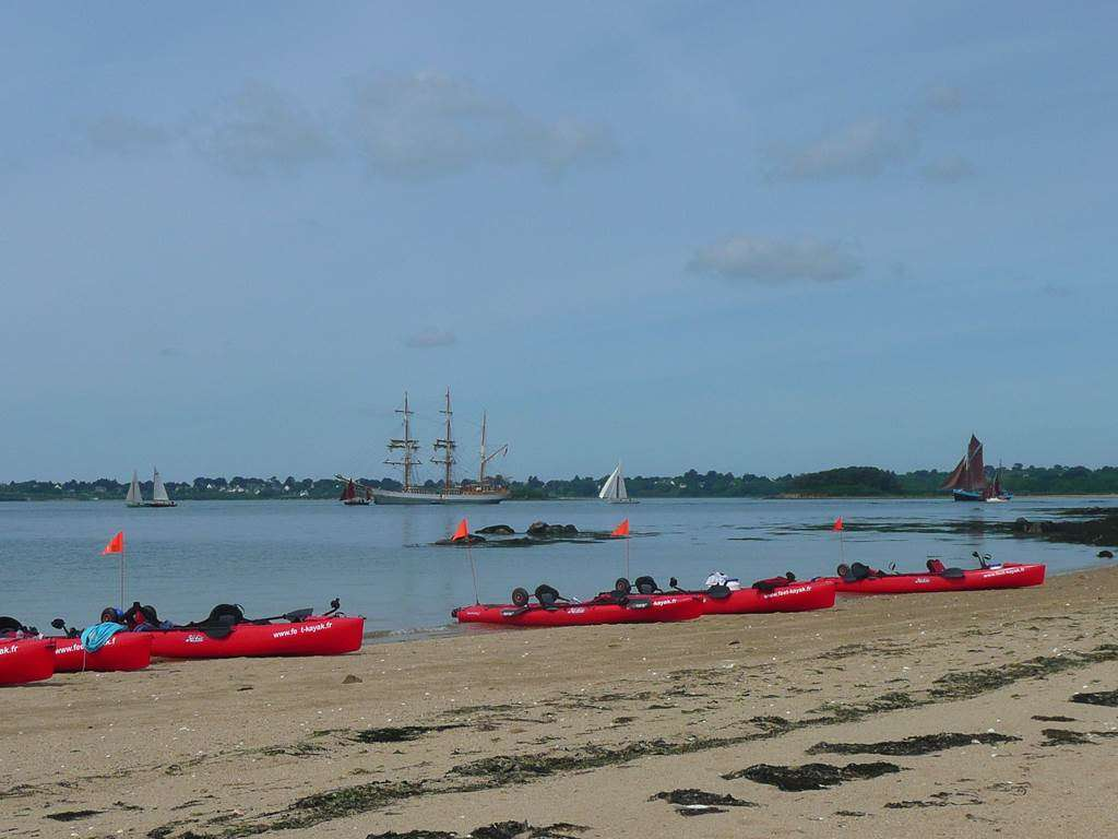 Feet-Kayak-Balade-Ile-Arz-Sarzeau-Golfe-du-Morbihan-Bretagne-sud1fr