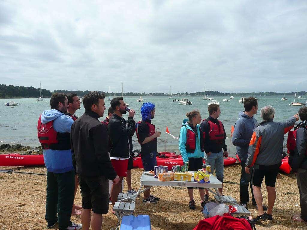 Feet-Kayak-Enterrement-Vie-Garon-Sarzeau-Golfe-du-Morbihan-Bretagne-sud3fr