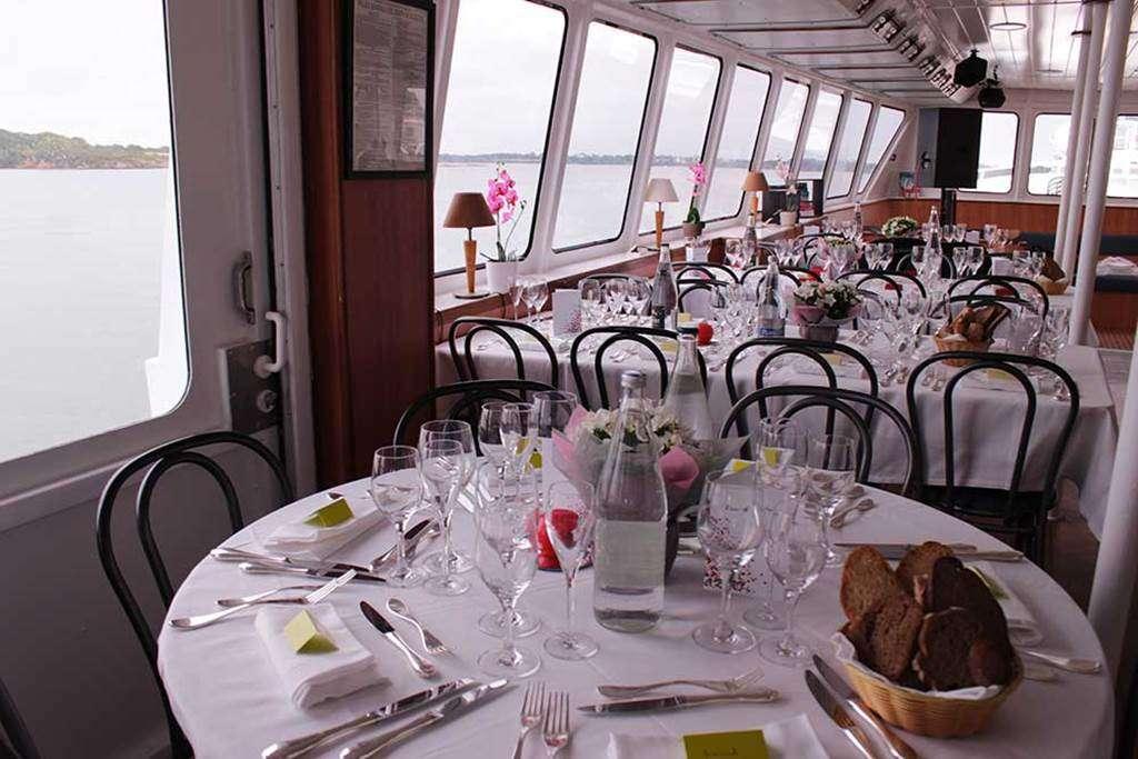 Bateau-Restaurant-Le-Mor-Bihan-Navix-Vannes-Golfe-du-Morbihan-Bretagne-sud1fr