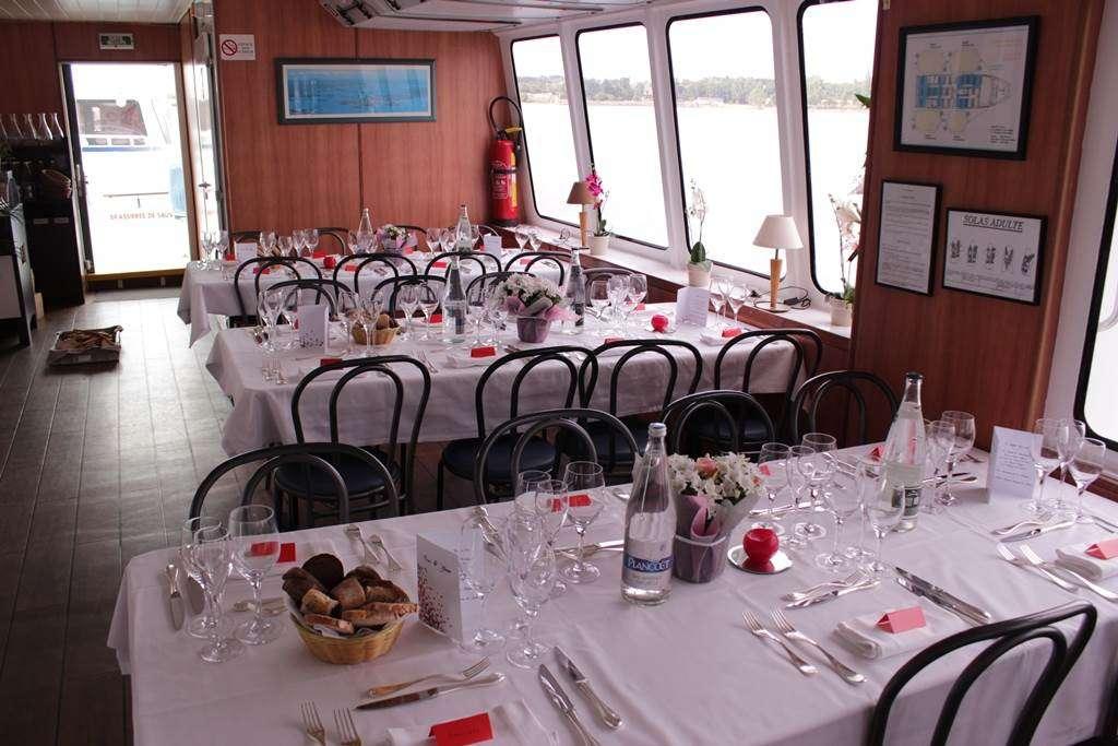 Bateau-Restaurant-Le-Mor-Bihan-Navix-Vannes-Golfe-du-Morbihan-Bretagne-sud2fr