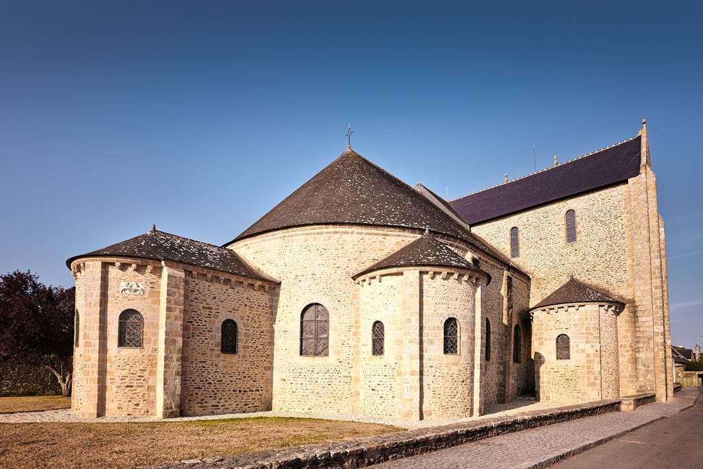 Abbatiale-de-Saint-Gildas-de-Rhuys---Morbihan---Bretagne-Sud1fr