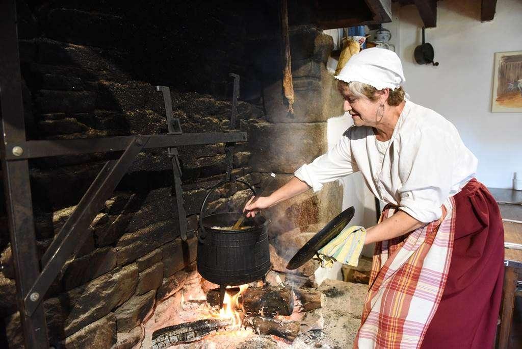 Soupe-cuite-au-feu-de-bois7fr