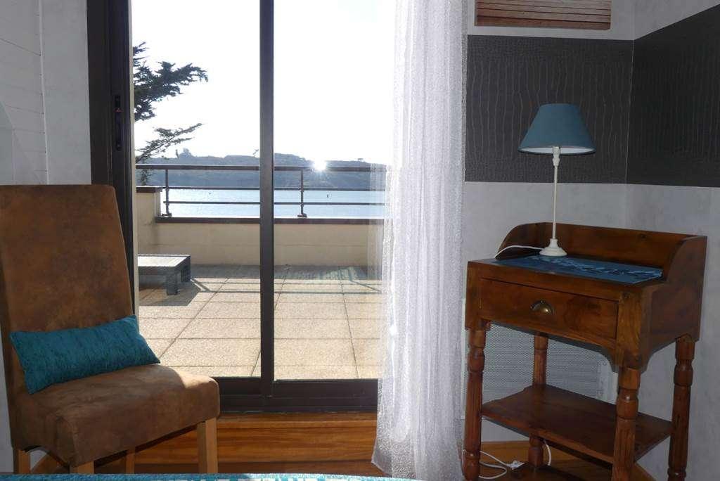 Houat-Appartement-Rabot-Corinne-Chambre-Arzon-Presqule-de-Rhuys-Golfe-du-Morbihan-Bretagne-sud3fr