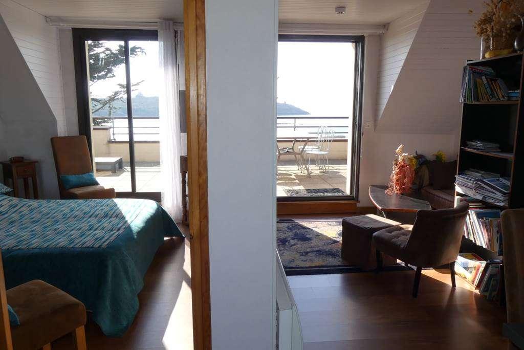 Houat-Appartement-Rabot-Corinne-Coin-Repas-Couloir-Arzon-Presqule-de-Rhuys-Golfe-du-Morbihan-Bretagne-sud9fr