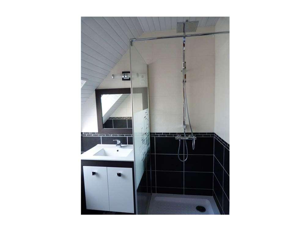 Houat-Appartement-Rabot-Corinne-Salle-de-Bain-Arzon-Presqule-de-Rhuys-Golfe-du-Morbihan-Bretagne-sud11fr