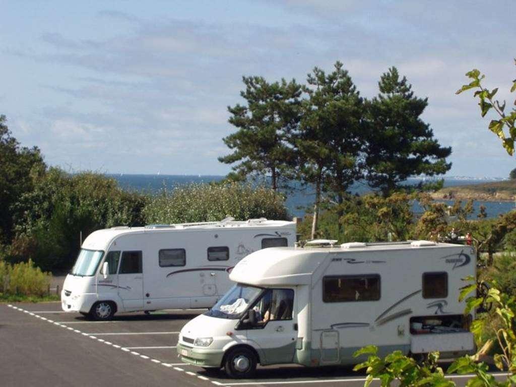 Aire-de-stationnement-Camping-cars-de-Kermor-Arzon-Golfe-du-Morbihan-Bretagne-Sud1fr