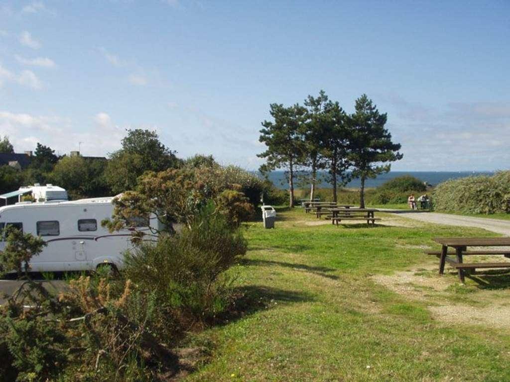 Aire-de-stationnement-Camping-cars-de-Kermor-Arzon-Golfe-du-Morbihan-Bretagne-Sud3fr