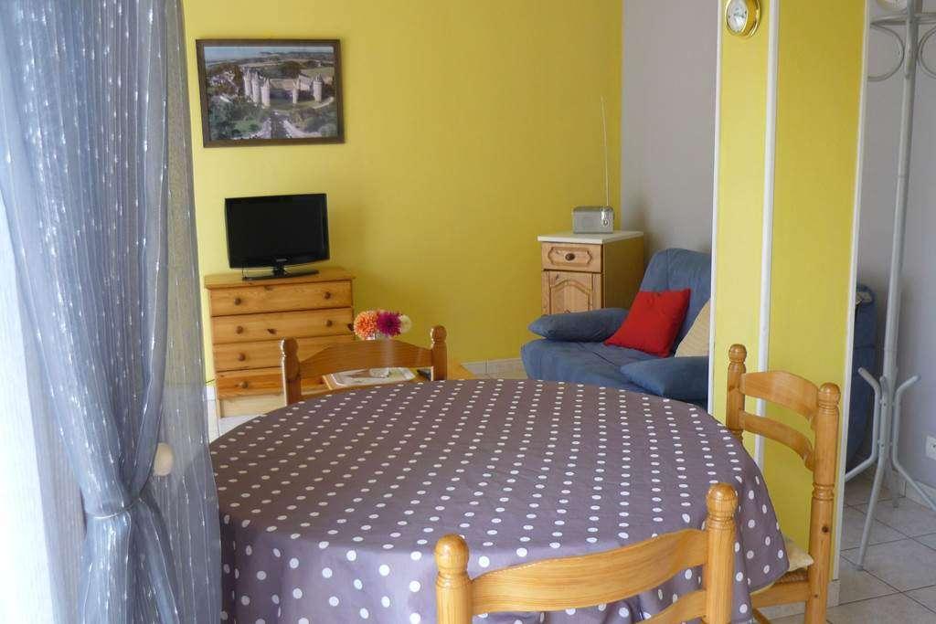 KERSUZAN-Antoinette---Appart-Sarzeau-cuisine---Morbihan-Bretagne-Sud3fr