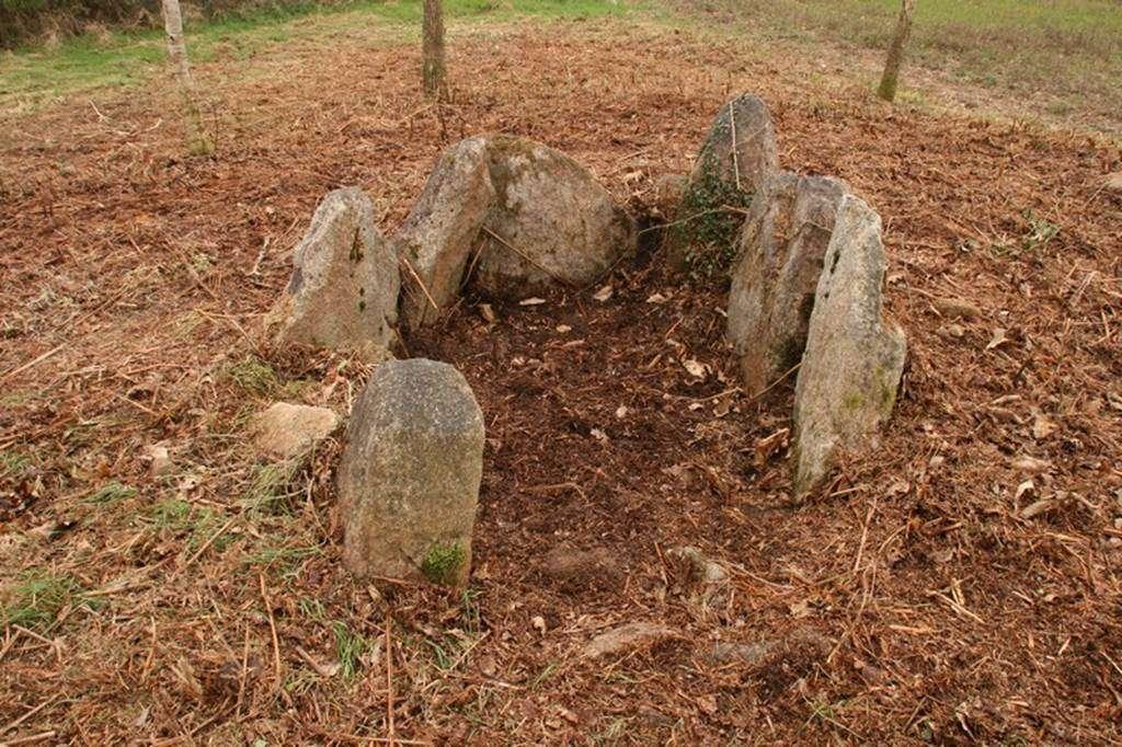 Dolmen-Lost-er-Lenn-Morbihan-Bretagne-sud0fr