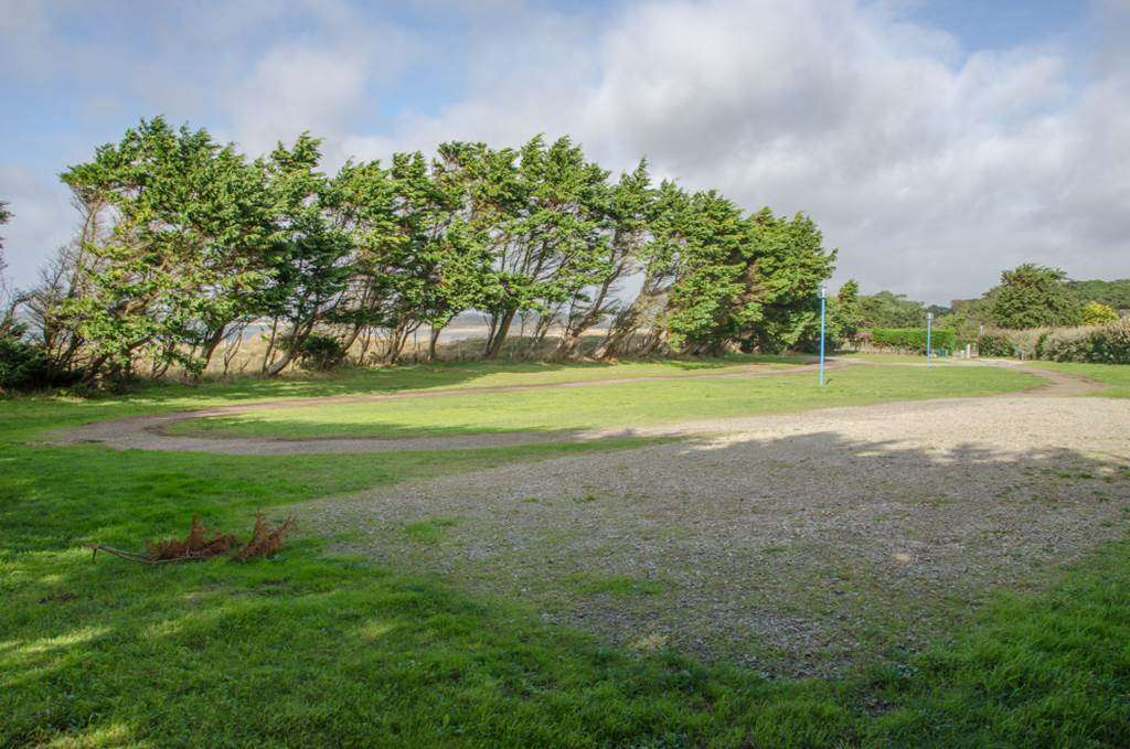 Aire-stationnement-camping-car-kerver-Saint-Gildas-de-Rhuys-Presqule-de-Rhuys-Golfe-du-Morbihan-Bretagne-sud0fr