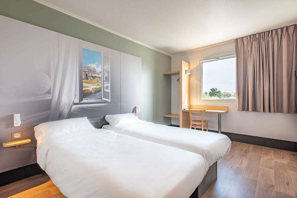 otel-bb-vannes-ouest-golfe-du-morbihan_chambre-twin_chambre-climatise_chambre-groupe-sportif6fr