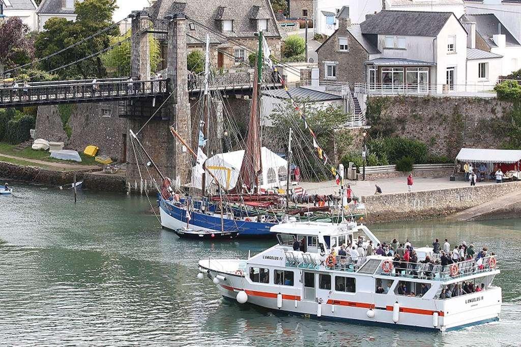Vedettes-lAnglus-Locmariaquer-Morbihan-Bretagne-Sud13fr
