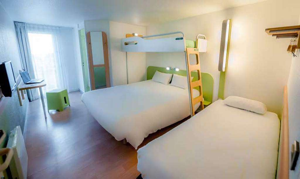 HOTEL-IBIS-BUDGET-VANNES-PLOEREN-CHAMBRE-FAMILIALE5fr