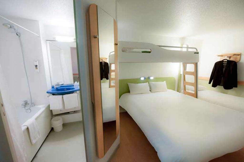 HOTEL-IBIS-BUDGET-VANNES-PLOEREN-CHAMBRE-FAMILIALE6fr