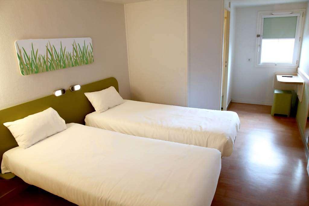 HOTEL-IBIS-BUDGET-VANNES-PLOEREN-CHAMBRE-TWIN16fr