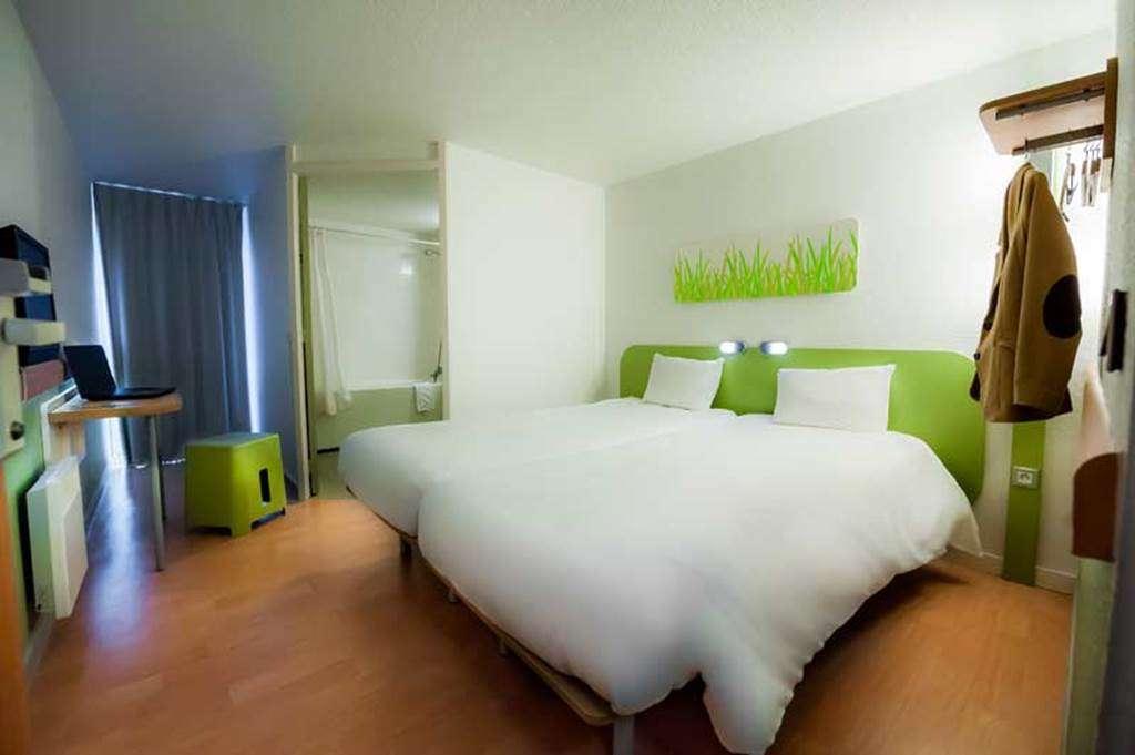 HOTEL-IBIS-BUDGET-VANNES-PLOEREN-CHAMBRE-TWIN7fr