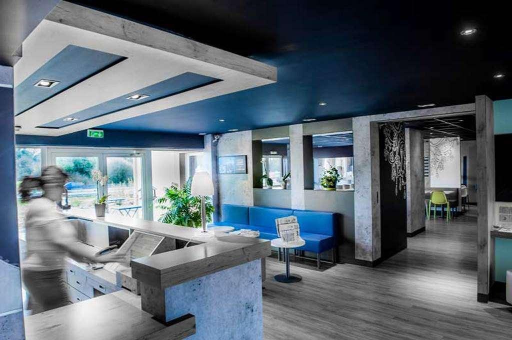 HOTEL-IBIS-BUDGET-VANNES-PLOEREN-RECEPTION10fr