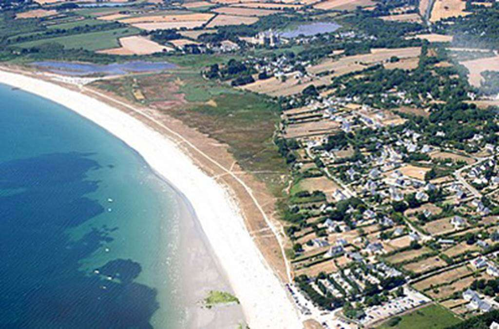 Vue-Arienne-Camping-de-La-Plage-Sarzeau-Presqule-de-Rhuys-Golfe-du-Morbihan-Bretagne-sud0fr