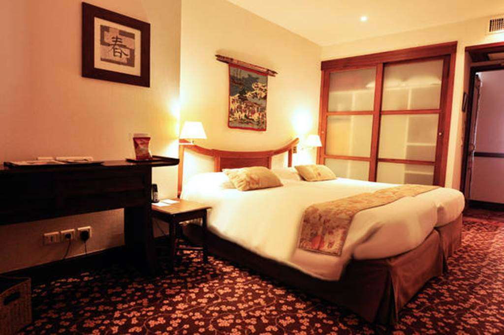 Chambre-Standard-18m2---rue8fr