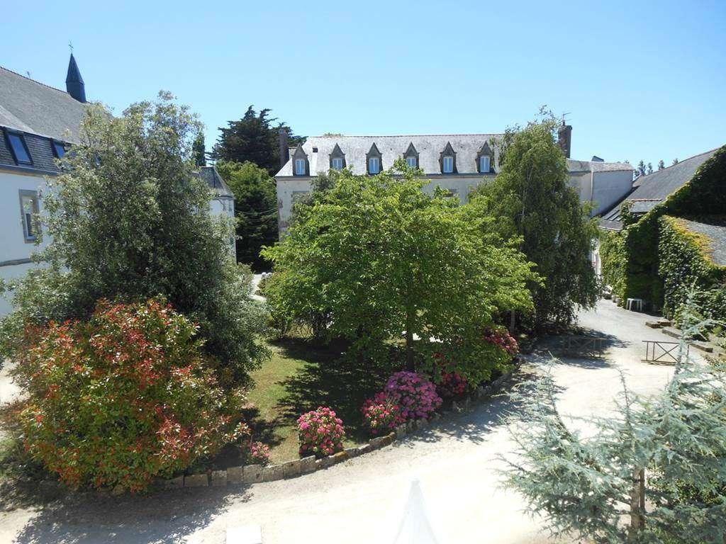 Abbaye-de-Rhuys-Centre-Culturel-et-Spirituel-Saint-Gildas-de-Rhuys-Presqule-de-Rhuys-Golfe-du-Morbihan-Bretagne-sud0fr