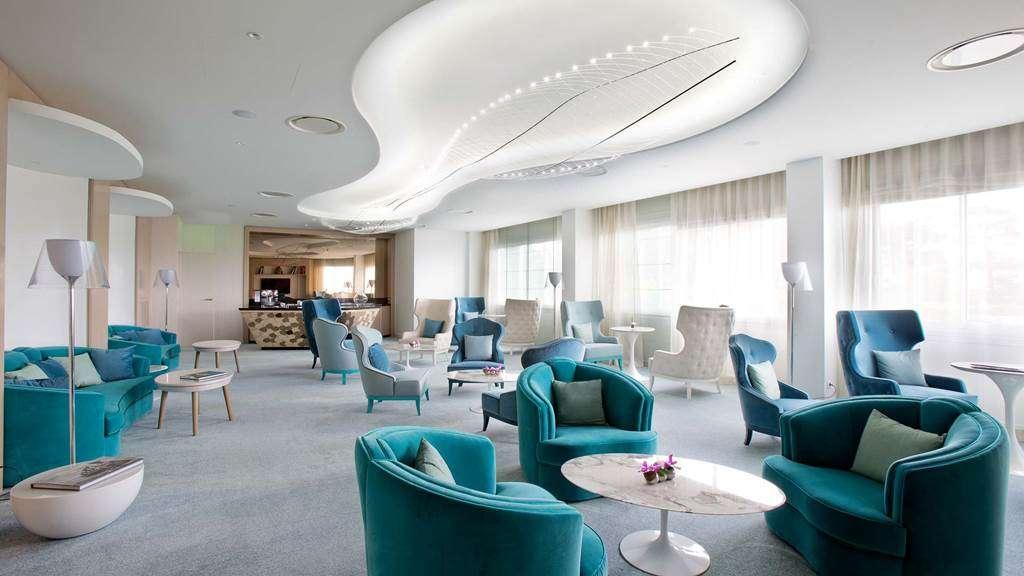 Executive-Lounge17fr