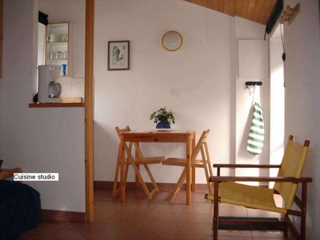 LEPOITTEVIN-Gilberte---Studio-Saint-Gildas-de-Rhuys-salon---Morbihan-Bretagne-Sud1fr