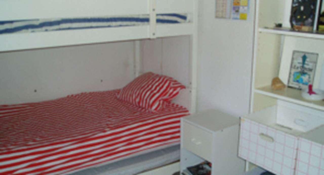 Chambre-appartement-Tessier-Rene-arzon-morbihan-bretagne-sud2fr