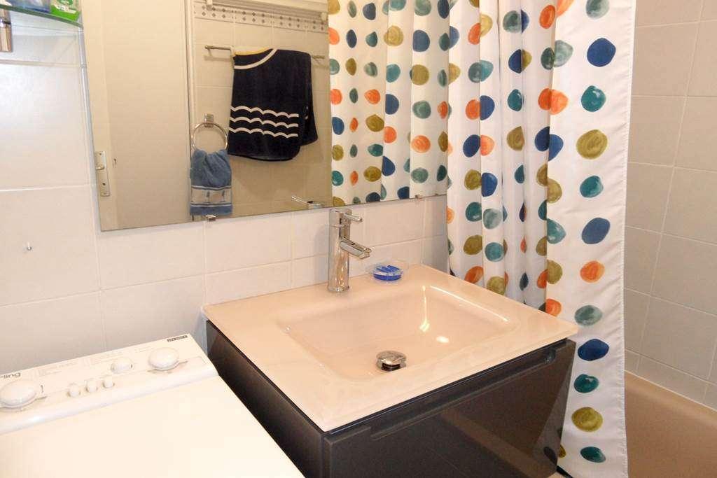 Salle-de-bain-Appartement-Lefranc-Emile-Arzon-Morbihan-Bretagne-Sud8fr