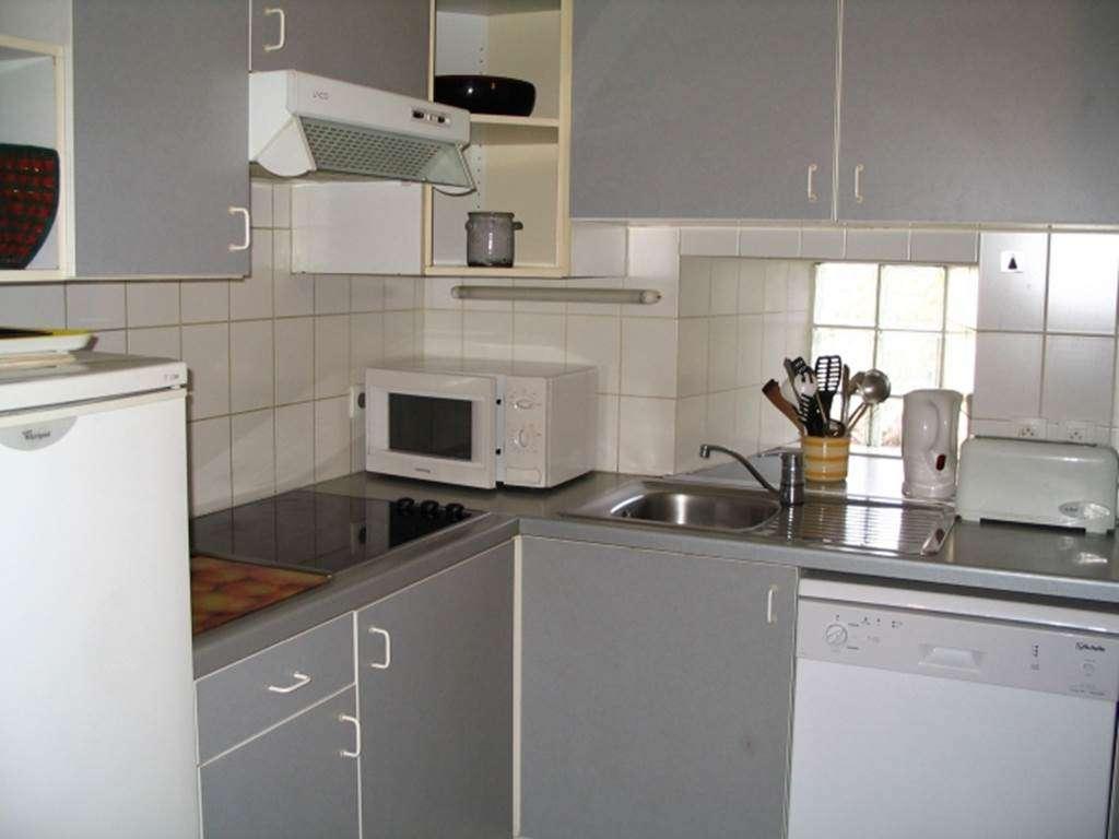 LEPOITTEVIN-Gilberte---Maison-Saint-Gildas-de-Rhuys-cuisine---Morbihan-Bretagne-Sud3fr