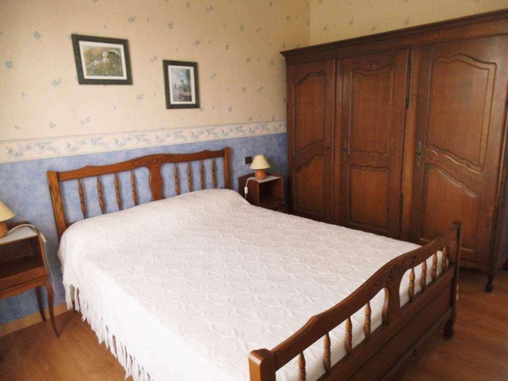 PRODHOMME-Monique---Maison-Sarzeau-chambre-1---Morbihan-Bretagne-Sud4fr