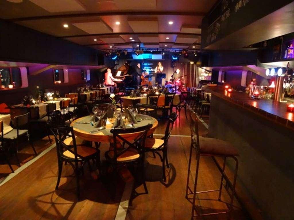 Restaurant-Piano-Barge-Vannes-Golfe-du-Morbihan-Bretagne-sud6fr