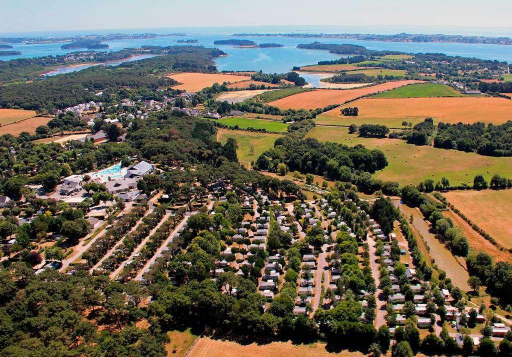 Le-camping-Man-Guernehu-au-bord-du-Golfe-du-Morbihan18fr