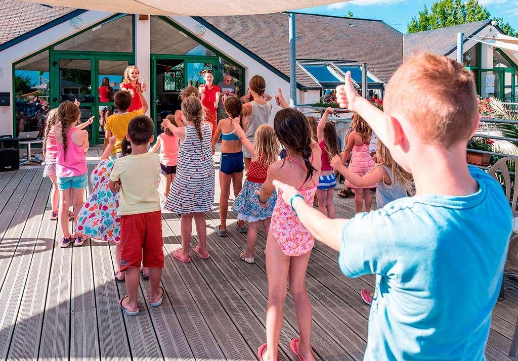 Le-club-enfants-au-camping-Man-Guernehu8fr