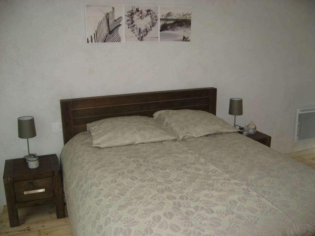 DANIOUX-Danile-chambre-une---Maison-Saint-Gildas-de-Rhuys---Morbihan-Bretagne-Sud4fr