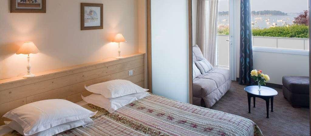 htel-du-Parc-Ftan--Larmor-Baden-chambre-vue-sur-mer15fr