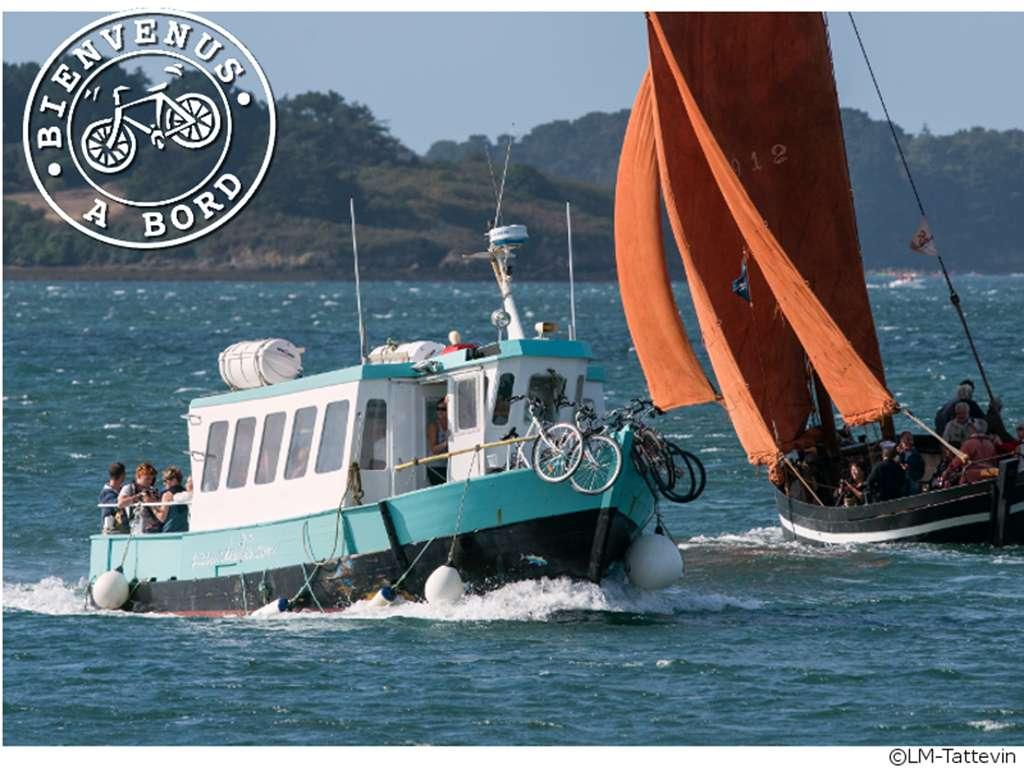 Locmariaquer-LePasseurdesIles-bateau-23fr