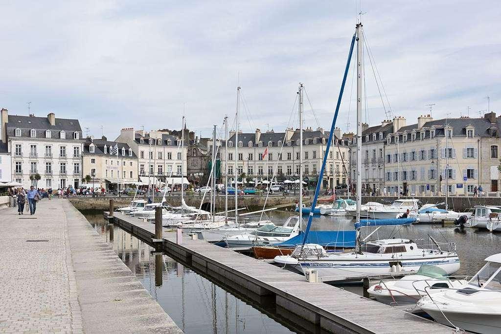 Clvacances---Meubl-056MS000062---Le-confort-dun-appartement-refait--neuf-coquet-lumineux-et-calme-dans-le-centre-ville-de-Vannes-avec-loption-garage-ferm---Vannes---Morbihan-Bretagne-Sud11fr