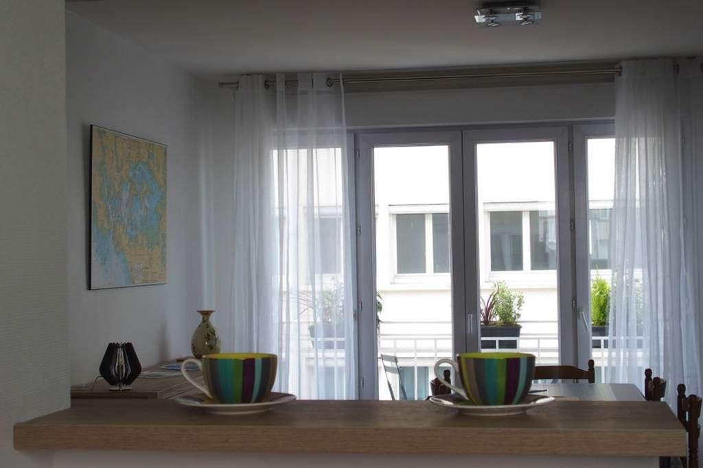 Clvacances---Meubl-056MS000062---Le-confort-dun-appartement-refait--neuf-coquet-lumineux-et-calme-dans-le-centre-ville-de-Vannes-avec-loption-garage-ferm---Vannes---Morbihan-Bretagne-Sud4fr