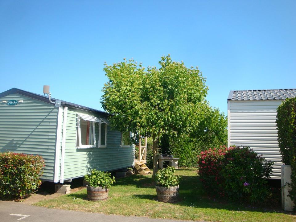 mobil-home_exterieur_camping-le-men-du_carnac