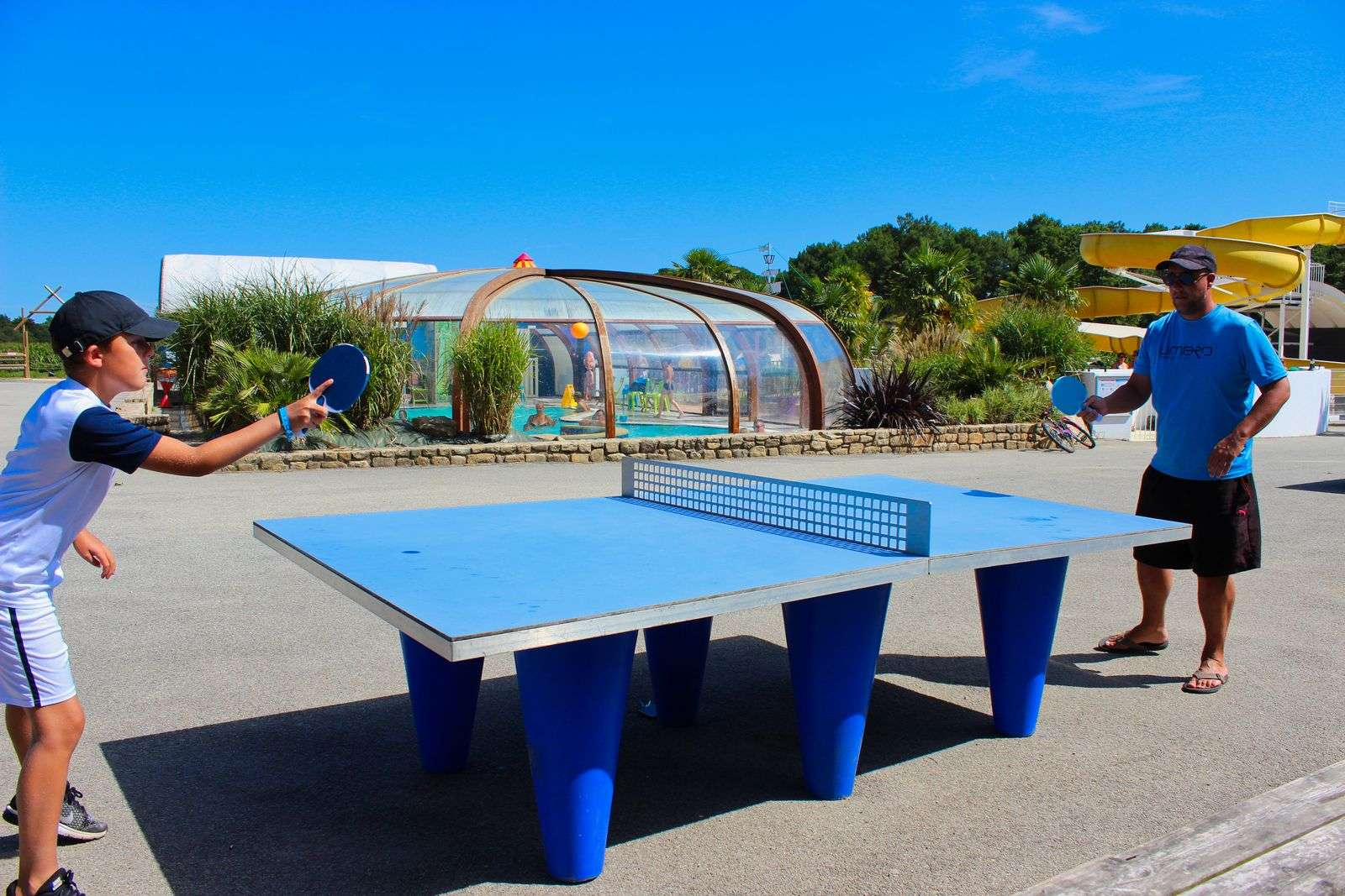 ping-pong_camping-le-moustoir-carnac